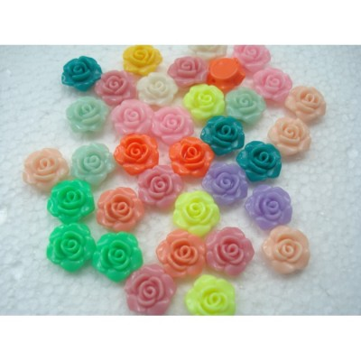 Кабошоны пластиковые цветок 13 на 13 мм