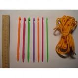 Пластиковые крючки для вязания со шнуром