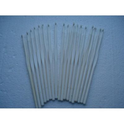 Крючки для вязания белые пластиковые в ассортименте