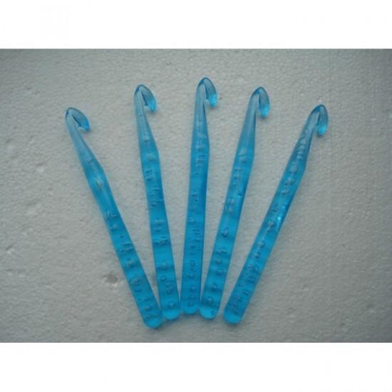 Крючки для вязания пластик 12 мм