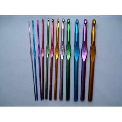 Металлические разноцветные крючки для вязания набор