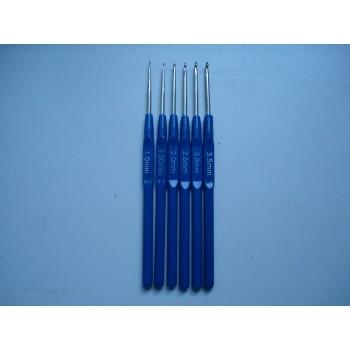 Крючки для вязания с пластиковой ручкой набор из 6 штук размер от 1 до 3.5 мм