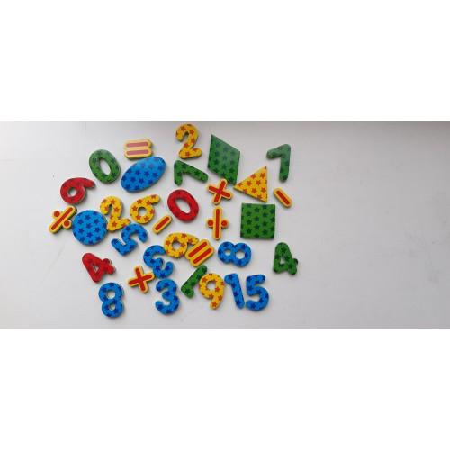 Магнитные мягкие цифры 4 на 3 см