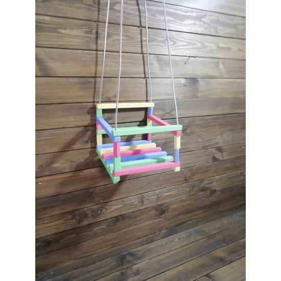 Детские разноцветные подвесные деревянные качели хорошего качества